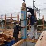 K様邸新築工事(64)柱建ての詳細へ